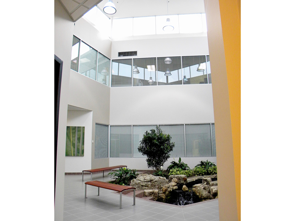 atrium-office-mississauga-01