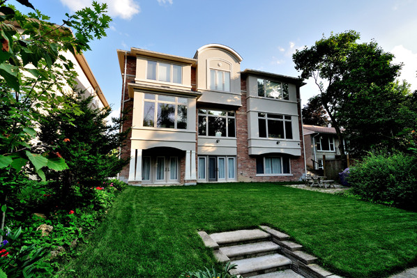 ravine-house-bayview-village-03-back-elevation