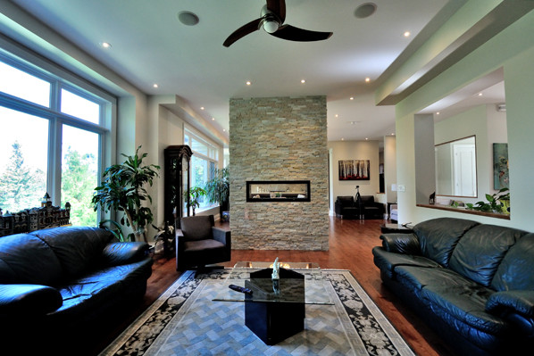 ravine-house-bayview-village-10-family-room