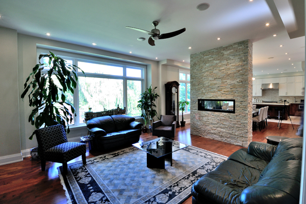 ravine-house-bayview-village-12-family-room