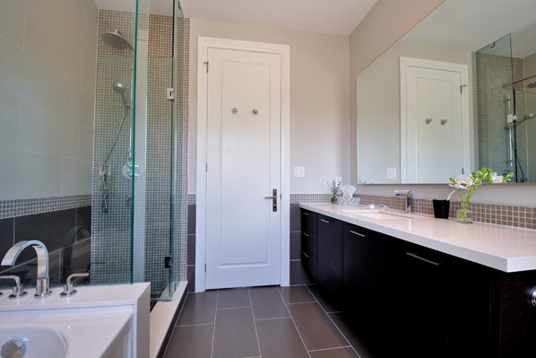 ravine-house-bayview-village-31-second-bath