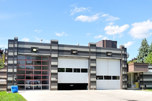 fire_station_215_01_thumb